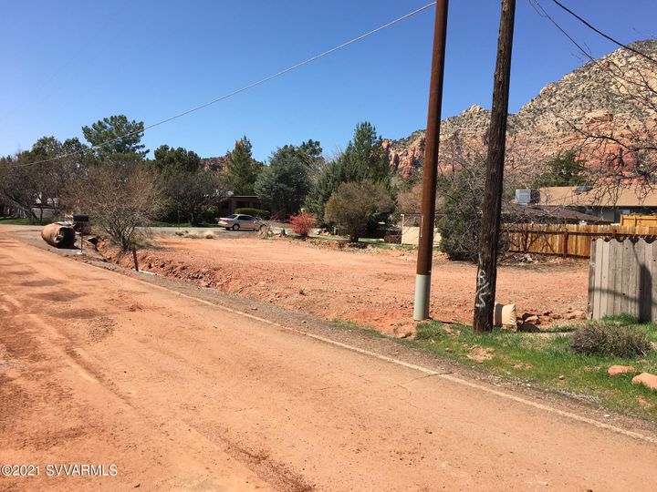 10 Yucca Dr Sedona AZ Home. Photo 5 of 7