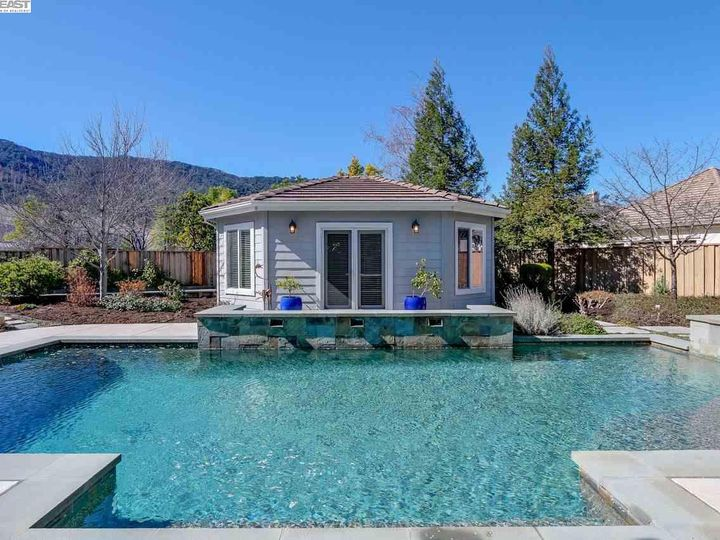 1090 Shadow Hills Ct Pleasanton CA Home. Photo 34 of 40