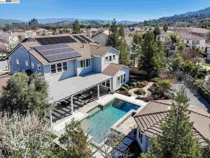 1090 Shadow Hills Ct Pleasanton CA Home. Photo 38 of 40