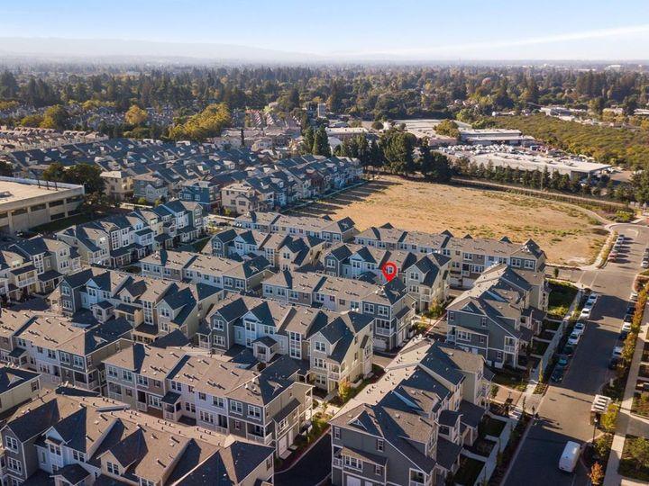 131 Orbit Way, Mountain View, CA, 94043 Townhouse. Photo 34 of 39