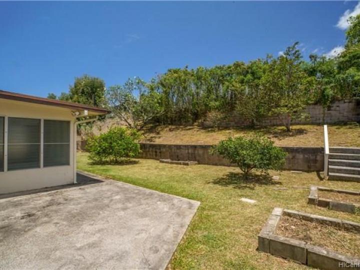 1410 Akupa St Kailua HI Home. Photo 19 of 21