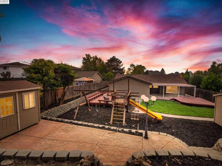 157 Picadilly Cir Vallejo CA Home. Photo 1 of 40