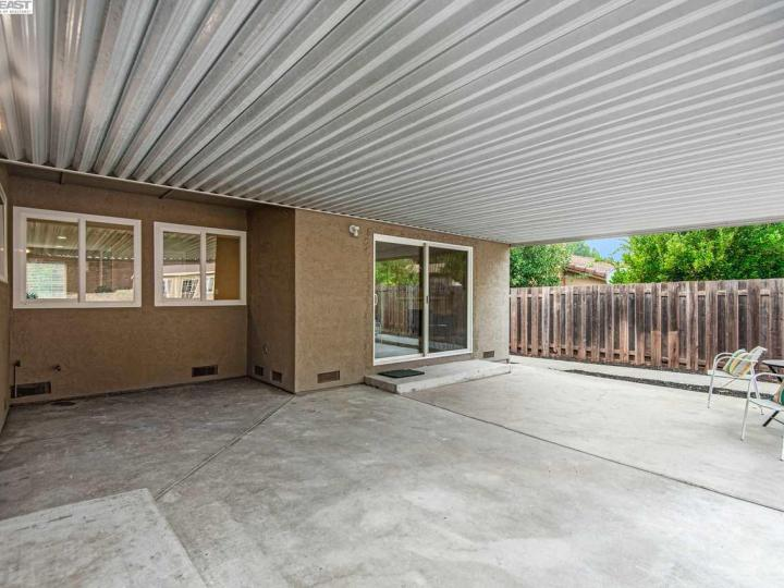 157 Picadilly Cir Vallejo CA Home. Photo 33 of 40