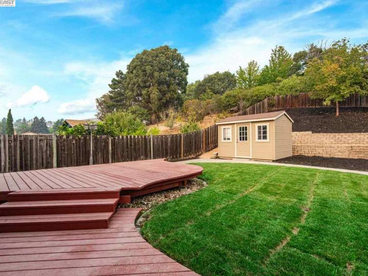157 Picadilly Cir Vallejo CA Home. Photo 34 of 40