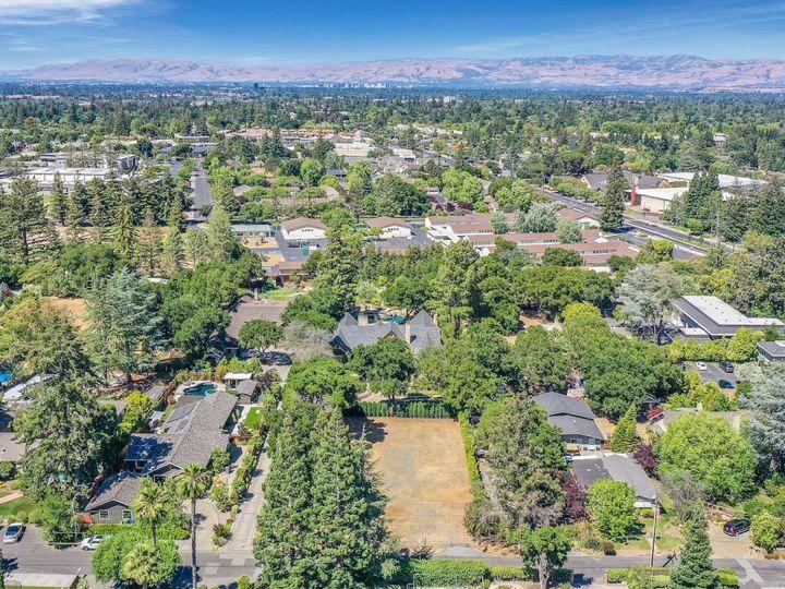 17045 Pine Ave Los Gatos CA. Photo 6 of 16