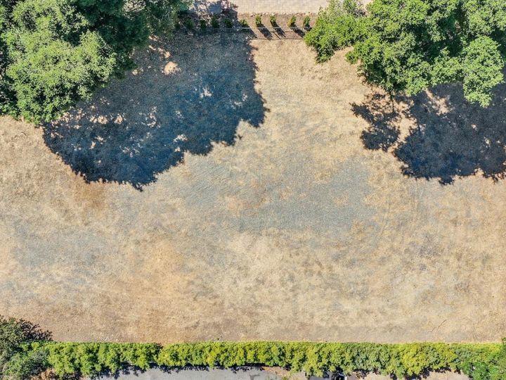 17045 Pine Ave Los Gatos CA. Photo 9 of 16