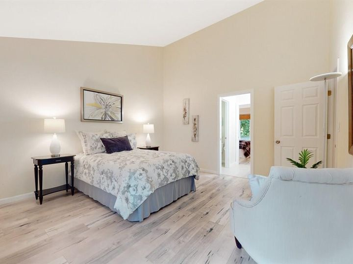 201 Flynn Ave #8, Mountain View, CA, 94043 Townhouse. Photo 13 of 33