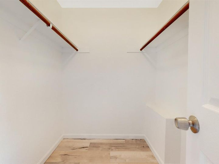 201 Flynn Ave #8, Mountain View, CA, 94043 Townhouse. Photo 14 of 33