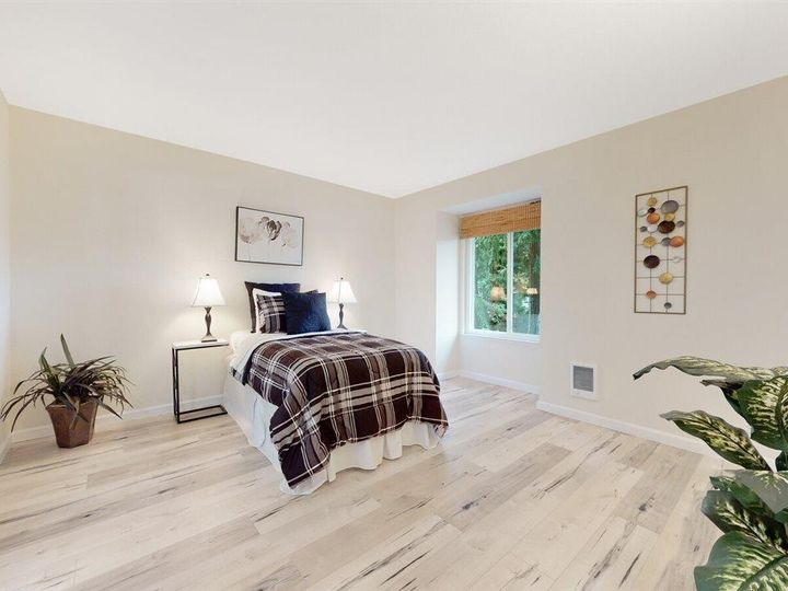 201 Flynn Ave #8, Mountain View, CA, 94043 Townhouse. Photo 18 of 33