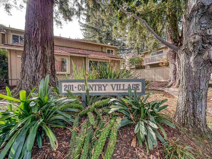 201 Flynn Ave #8, Mountain View, CA, 94043 Townhouse. Photo 22 of 33