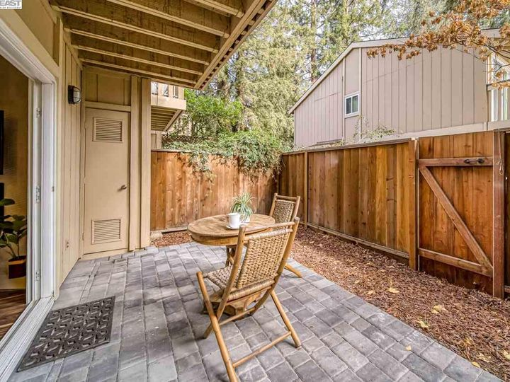 201 Flynn Ave #8, Mountain View, CA, 94043 Townhouse. Photo 27 of 33