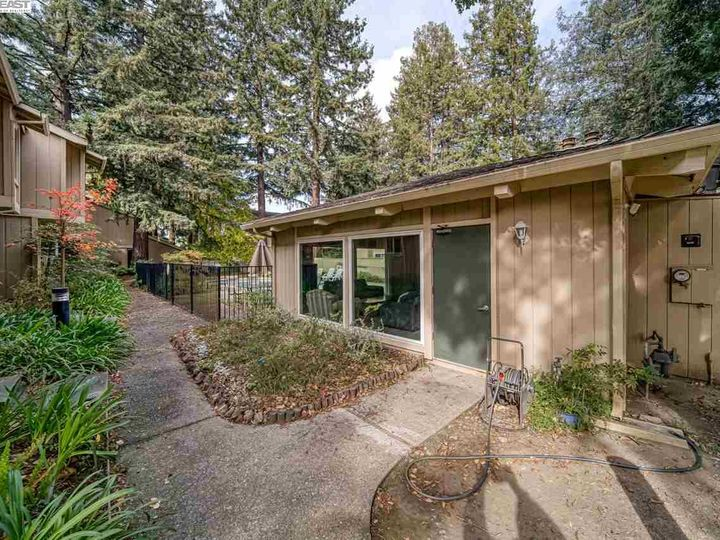 201 Flynn Ave #8, Mountain View, CA, 94043 Townhouse. Photo 31 of 33