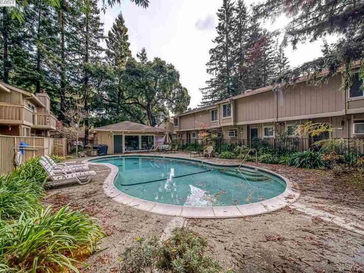 201 Flynn Ave #8, Mountain View, CA, 94043 Townhouse. Photo 32 of 33