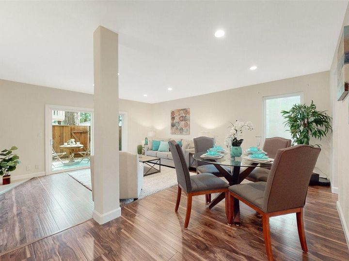 201 Flynn Ave #8, Mountain View, CA, 94043 Townhouse. Photo 7 of 33