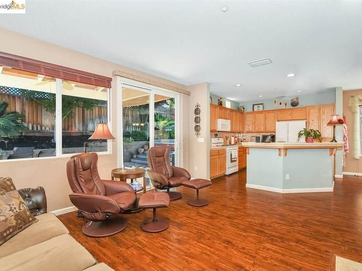 2476 Marshall Dr Brentwood CA Home. Photo 11 of 37