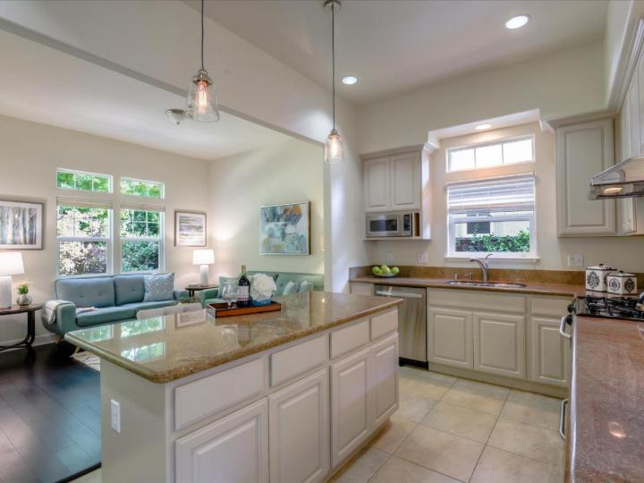 290 Skyview Ct Mountain View CA Home. Photo 14 of 40