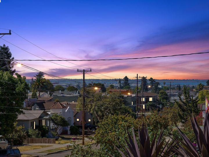 2927 Madera Ave Oakland CA Home. Photo 7 of 40
