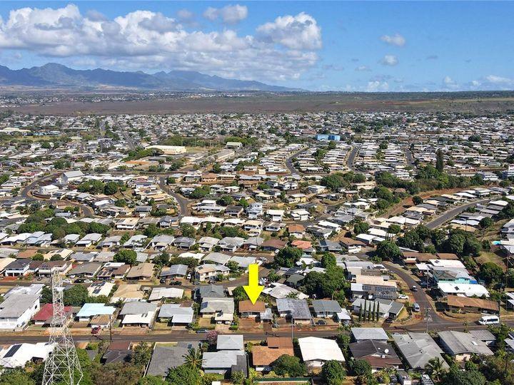 328 Hoomalu St Pearl City HI Home. Photo 19 of 21