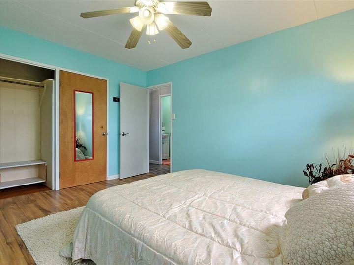 328 Hoomalu St Pearl City HI Home. Photo 7 of 21