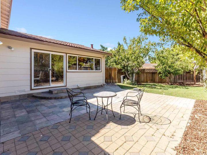 3433 Carobwood Ct San Jose CA Home. Photo 17 of 34