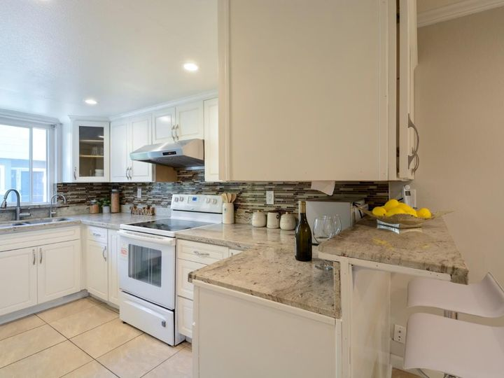 393 N Temple Dr, Milpitas, CA, 95035 Townhouse. Photo 13 of 40