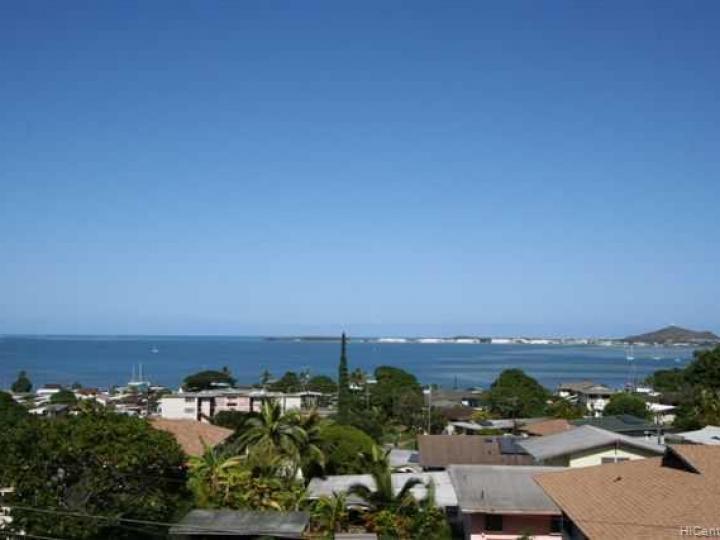 44114 Mikiola Dr Kaneohe HI Home. Photo 3 of 10