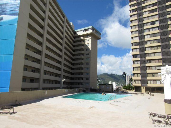 Hawaiian Monarch condo #3802. Photo 11 of 18