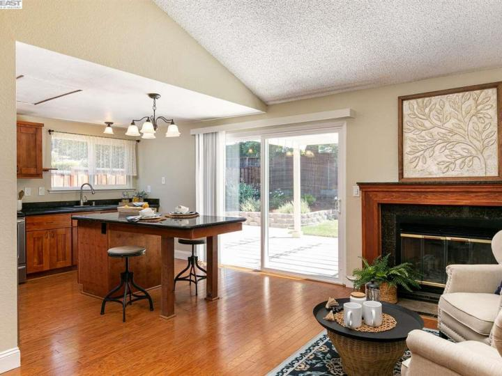 540 Shelley St Livermore CA Home. Photo 8 of 20