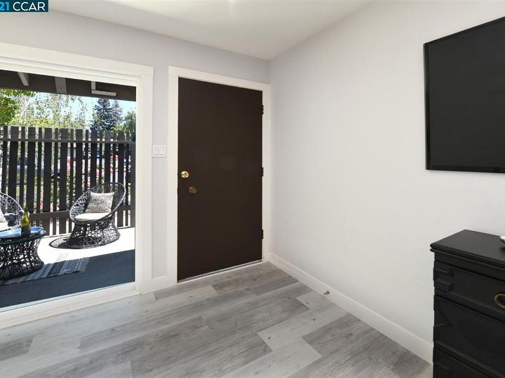 5467 Roundtree Pl ##A, Concord, CA, 94521 Townhouse. Photo 9 of 37