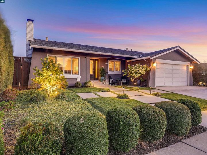 6386 Beech Ct Pleasanton CA Home. Photo 2 of 37