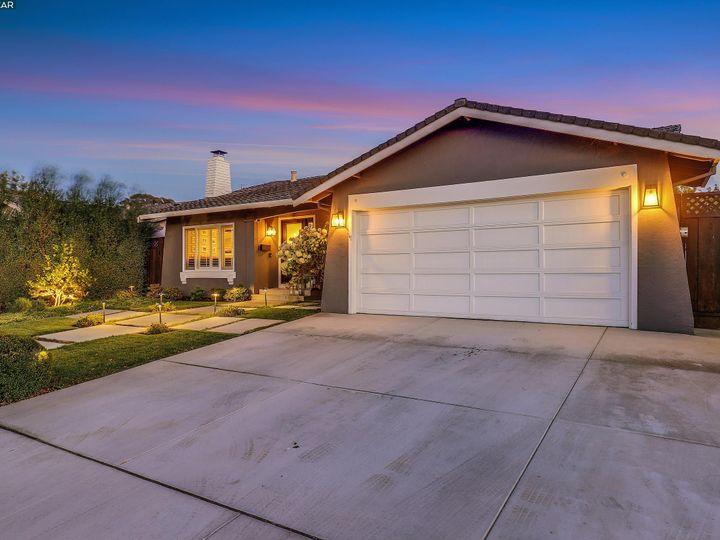 6386 Beech Ct Pleasanton CA Home. Photo 3 of 37