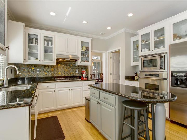 66 Merion Rd Half Moon Bay CA Home. Photo 10 of 29