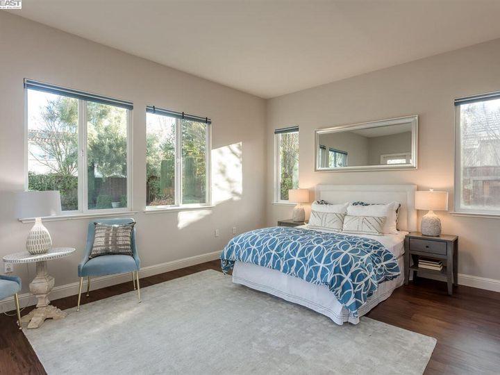 7294 Huntswood Ct Pleasanton CA Home. Photo 17 of 40