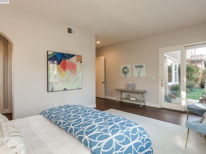 7294 Huntswood Ct Pleasanton CA Home. Photo 18 of 40