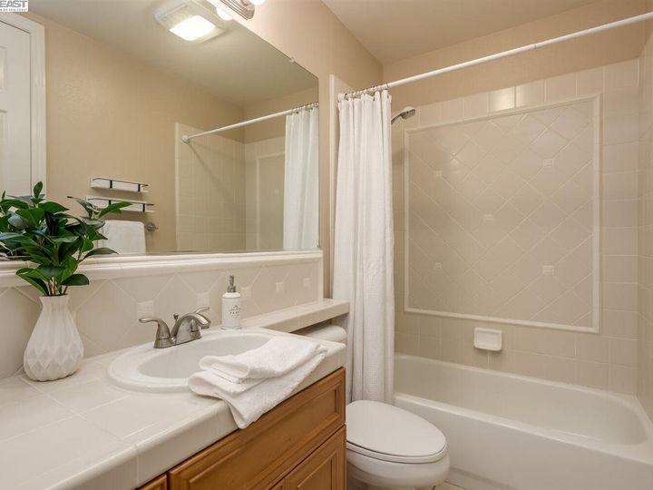 7294 Huntswood Ct Pleasanton CA Home. Photo 28 of 40