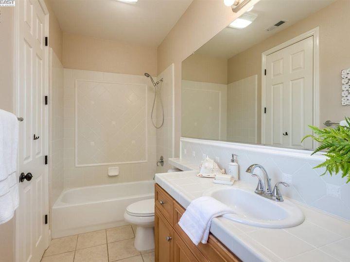 7294 Huntswood Ct Pleasanton CA Home. Photo 34 of 40