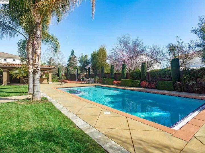 7294 Huntswood Ct Pleasanton CA Home. Photo 36 of 40