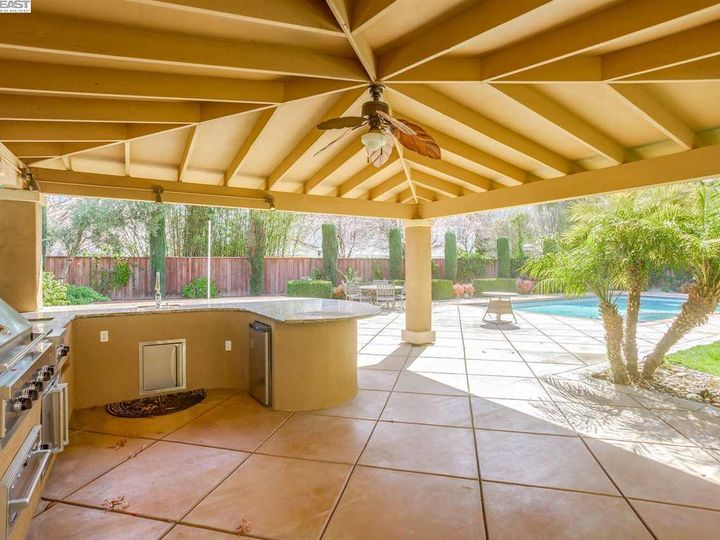7294 Huntswood Ct Pleasanton CA Home. Photo 39 of 40
