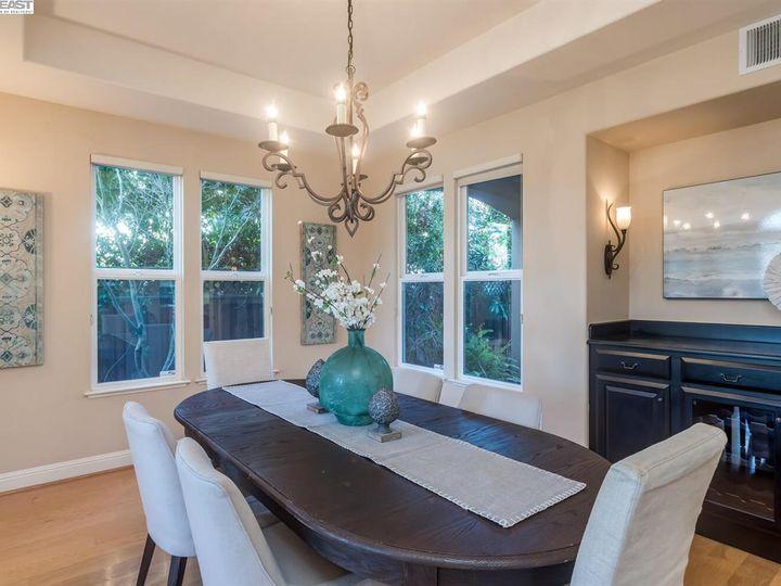 7294 Huntswood Ct Pleasanton CA Home. Photo 6 of 40