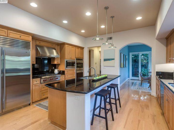7294 Huntswood Ct Pleasanton CA Home. Photo 9 of 40