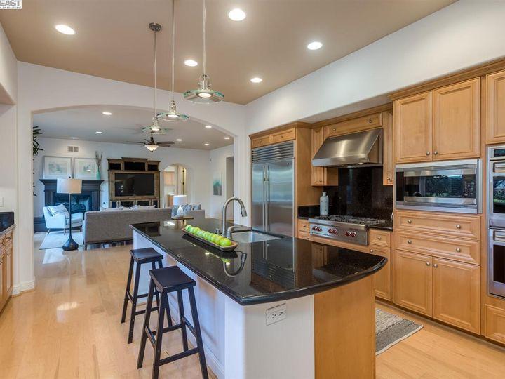 7294 Huntswood Ct Pleasanton CA Home. Photo 10 of 40
