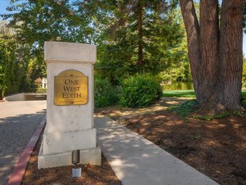 1 W Edith Ave unit #B112, Los Altos, CA