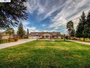 10200 E Collier Rd, Dogtown, CA
