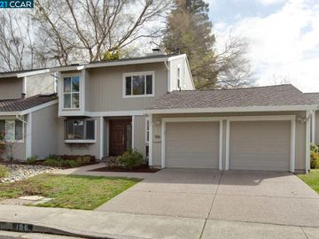 106 Clover Hill Dr, Sycamore, CA