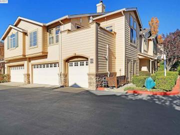 10894 Glengarry Ln, Westside, CA