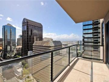 The Pinnacle Honolulu condo #18B. Photo 2 of 8