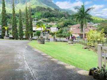 1296 Maleko St, Maunawili, HI