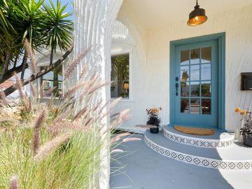 1320 Bay St Santa Cruz CA Home. Photo 2 of 32