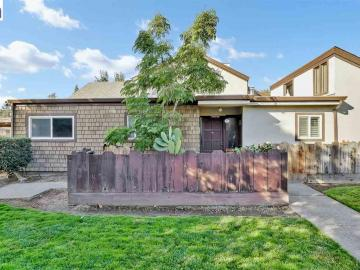 1414 Pajaro Ave #39, Manteca, CA, 95336 Townhouse. Photo 4 of 34
