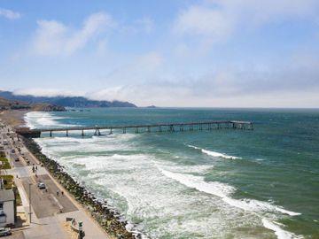 1567 Beach Blvd Pacifica CA. Photo 3 of 8